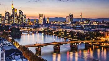 Frankfurt ✈ od 77 €