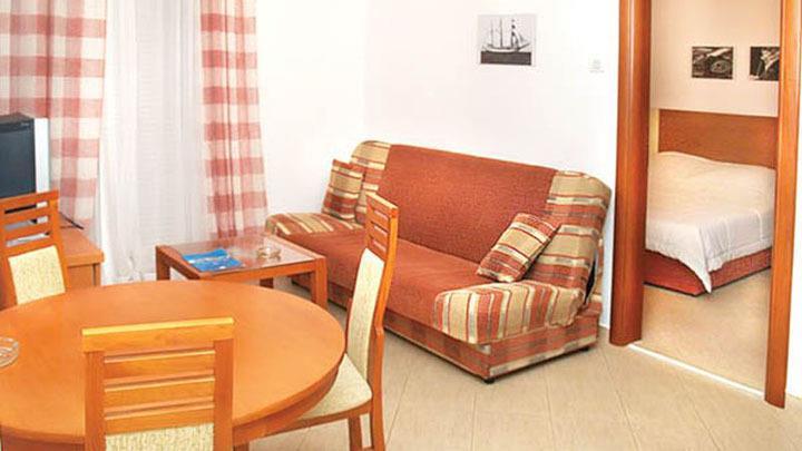 tivat hotel vile park 2*