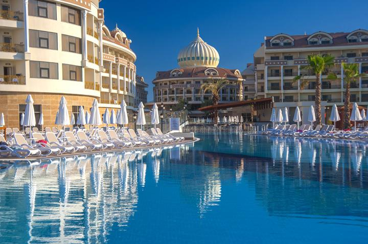 Kirman Belazur Resort and Spa