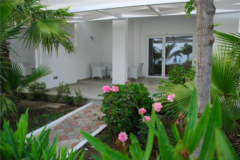 Baia d'Ercole Resort