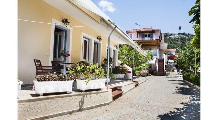 Vila Tzivras