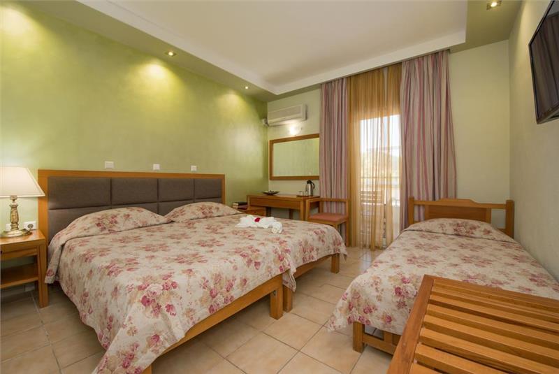 tasos hotel aethria
