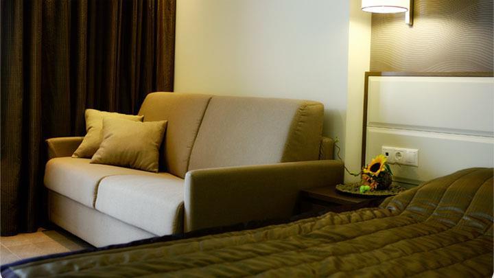 paralia hotel cosmopolitan hotel & spa