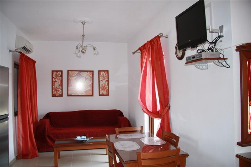 lezbos hotel kalloni village 4*