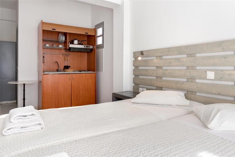 santorini hotel alia