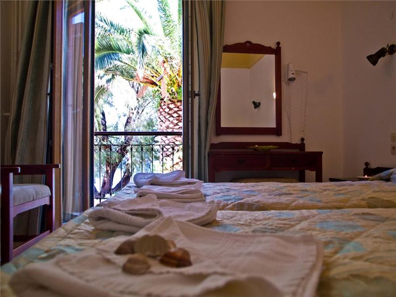 lezbos hotel molyvos I 3*