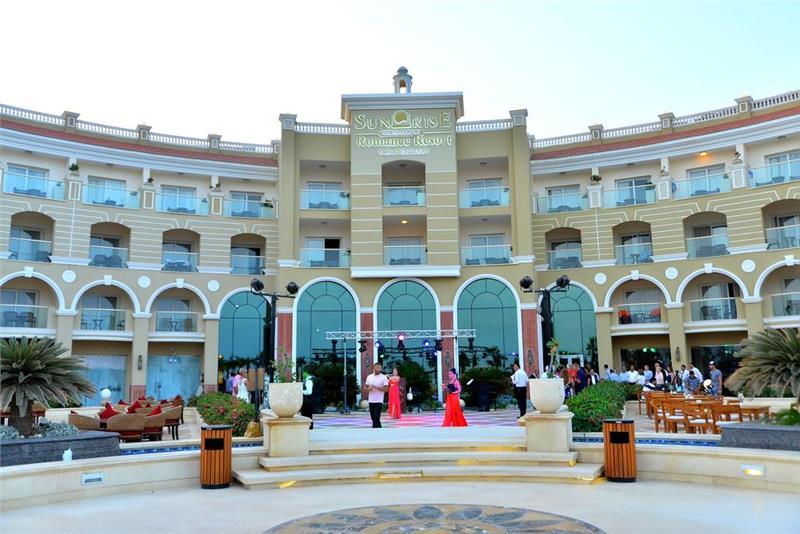 Sunrise Romance Resort