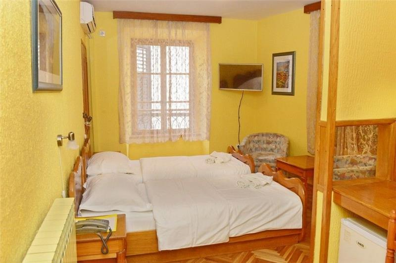 kotor hotel marija 3*