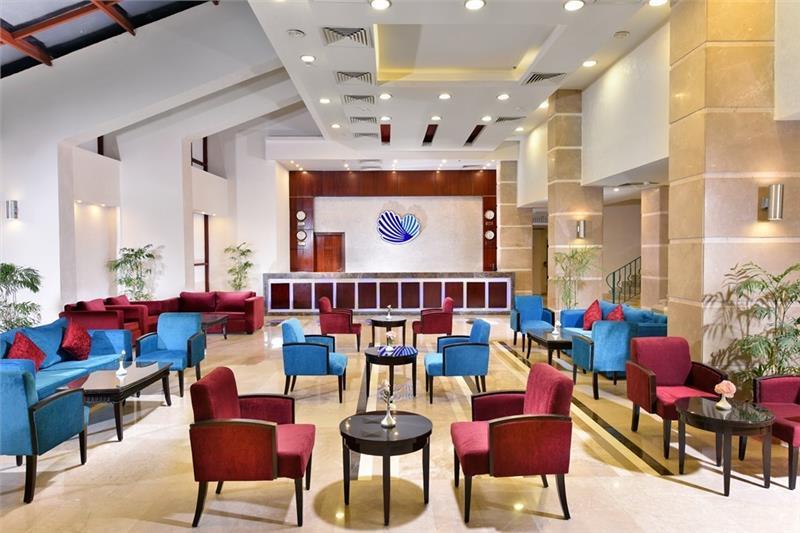 Marina Beach Hotelux