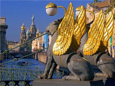 Sankt Peterburg i Moskva 27.04.2019