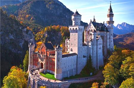 Dvorci Bavarske Uskrs i Prvi maj